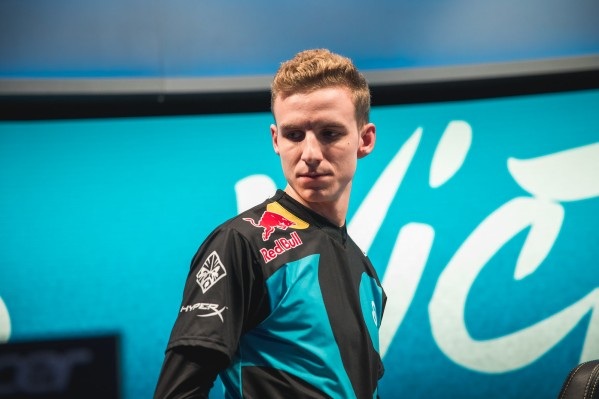 2018 NA LCS Summer Split Semifinals Day 1